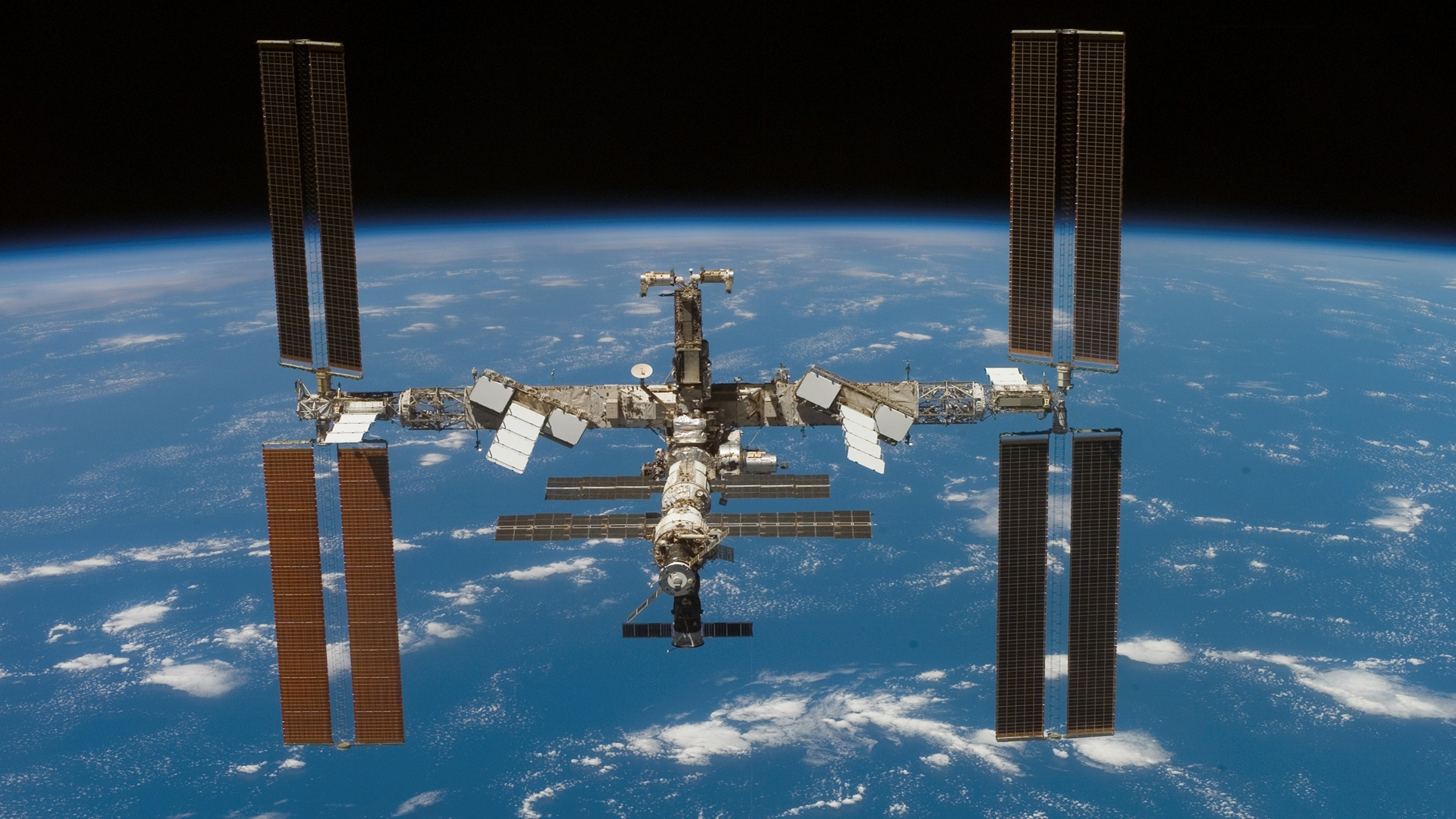 Canada and the International Space Station  Canadaca